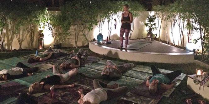 The Supper Club: Yoga Mama MOMazing City Guide Dubai - Simone gibt Tipps für einen Dubai-Trip mit Babykugel oder Kind.