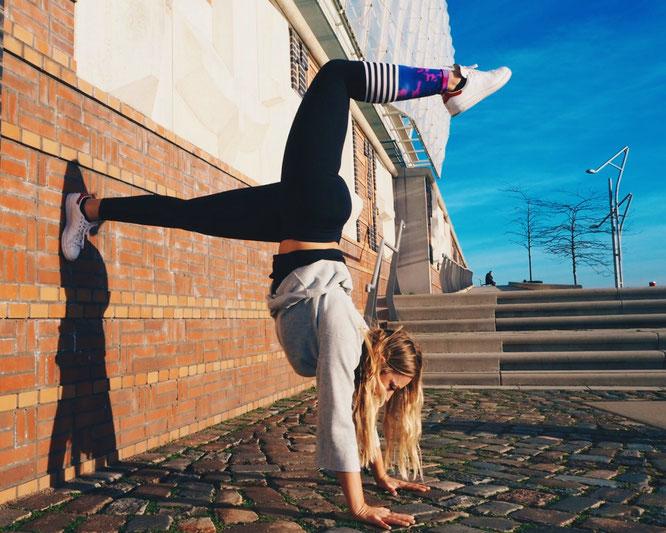 Yoga-Mama Nicole Dechow MOMazing Yoga Mama Mami Blog Yogamama Instamama Fragebogen