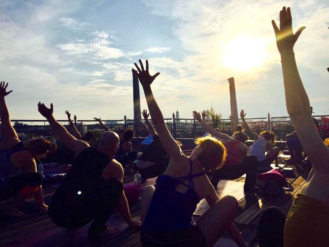 Yogastudio Berlin yogafürdich: MOMazing City Guide Berlin. Städtetrip für Reisen mit Kind auf dem Mama Yoga Blog MOMazing von Anica Alla.