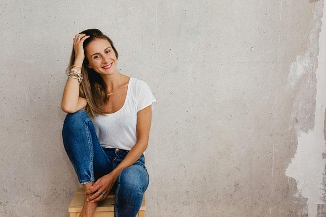 "Laura Malina Seiler hat die ""Rise Up and Shine""-University gegründet"