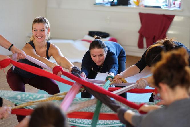 Was ist eigentlich Birtlight Yoga? Impression aus einem Teacher Training
