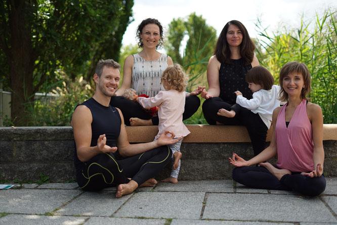 Die YogaFamila – MOMazing Interview mit Anja Martin und Yvonne Kirner über Deutschlands erste Yoga-Familien-Messe