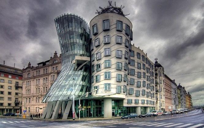 Casa Danzante, Praga (Frank Gehry).
