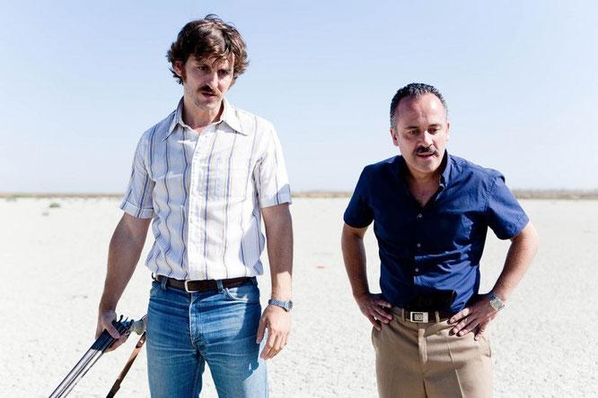 Raúl Arévalo y Javier Gutiérrez en 'La isla mínima'. Imagen: Atresmedia Cine.