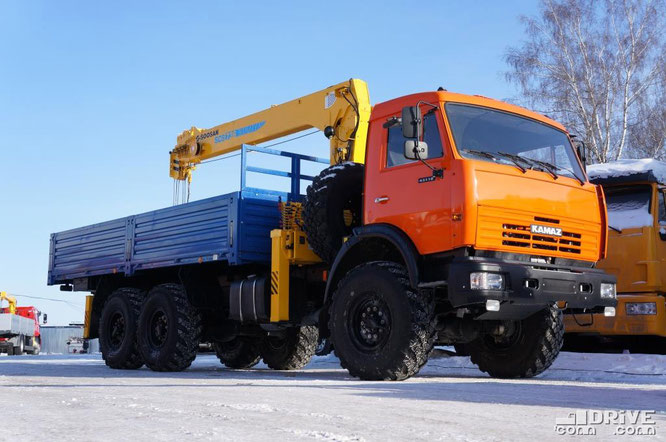 Модель 637422 на полноприводном шасси КАМАЗ-43118P, с КМУ Soosan SCS-736. Русбизнесавто. 09/02/2012