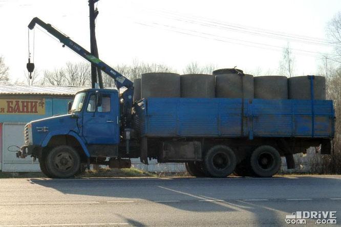 Грузовой автомобиль ЗИЛ-133Г40 с КМУ Tadano Z250. Икша. 27/04/2010