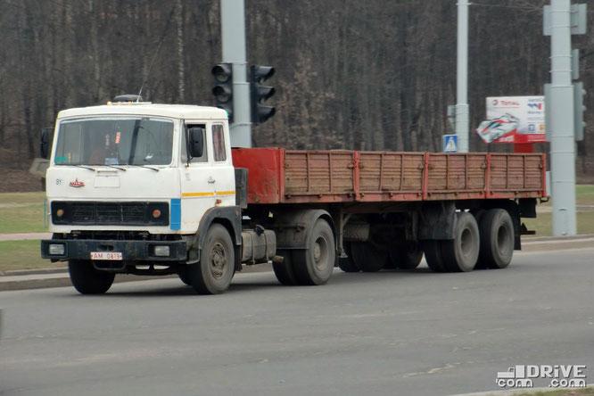 Седельный тягач МАЗ-5432. Кабина старого образца. Минск. 07/04/2010