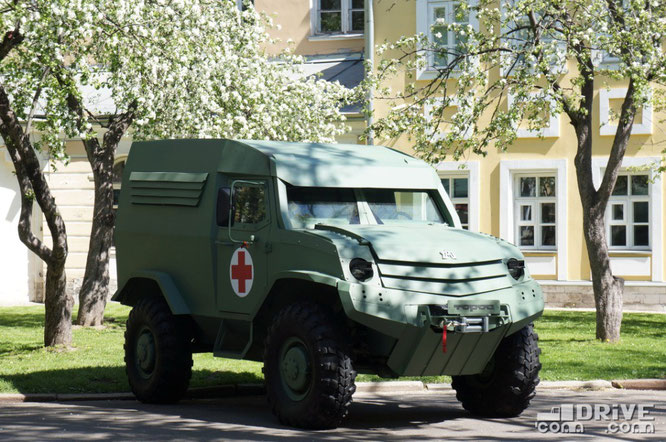Опытный автомобиль-амфибия для транспортировки раненых семейства Торос. Москва. 09/05/2014