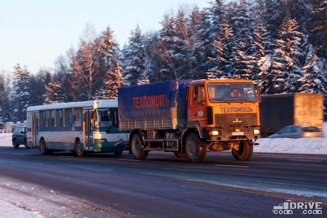 Полноприводный МАЗ-5309 в роли техпомощи. Минск. 27/01/2013