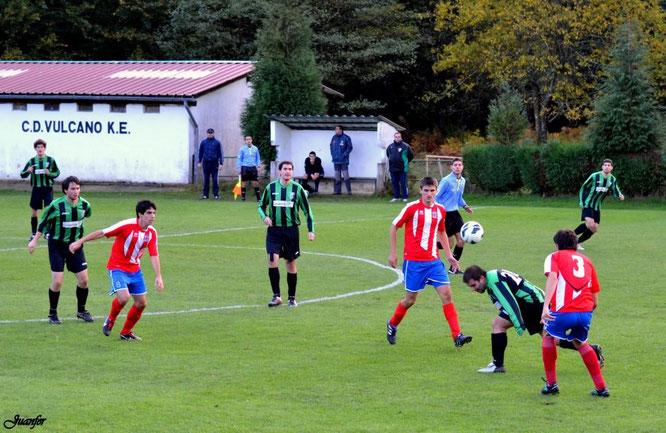 Imagen del partido Vulcano-Laudio B de la temporada 2012-13. Foto: Juanfer.