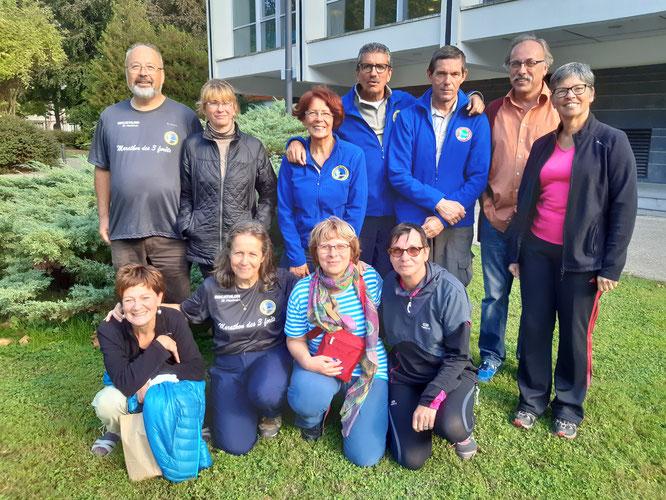 28/09/2019 : Les  3 équipes de  l' ARNV : asso rando Nogentaise Villersoise . Tout le monde est sur la  photo.