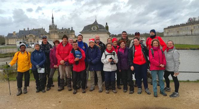 Sortie  12 km  le  22/12/2019   - le tour du Chateau de Chantilly   -   30 randonneurs