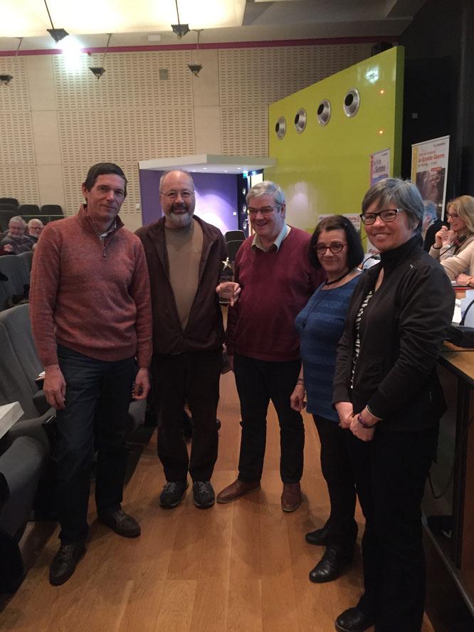 Amiens  -mars  2018 - remise  du trophée RANDO CHALLENGE pour la 2 eme place à la COUPE de FRANCE   à  l' A.R.N.V  pour la  saison  2016-2017,  par  Mme  Thérese LECLERCQ administratrice régionale et présidente de la commision régionale: pratiques .