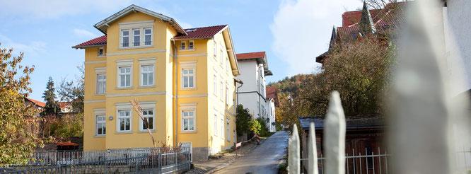 Das Gebäude der Zahnarztpraxis Dr. Thorsten Radam in Meiningen, Panorama