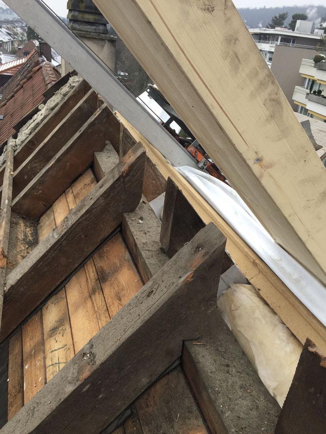 Wärmedämmplatten, Dampfbremse Trimbach, Dachausbau Olten, Dachsanierung Däniken, Dachsanierung Dulliken