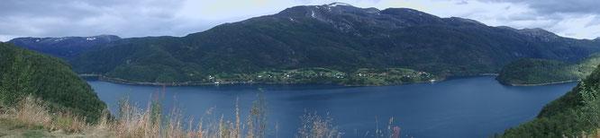 Fjord auf dem Weg
