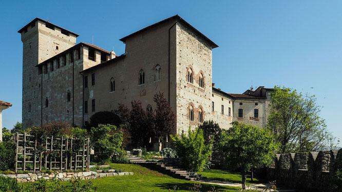 Bild: Burg Rocca Borromeo di Angera