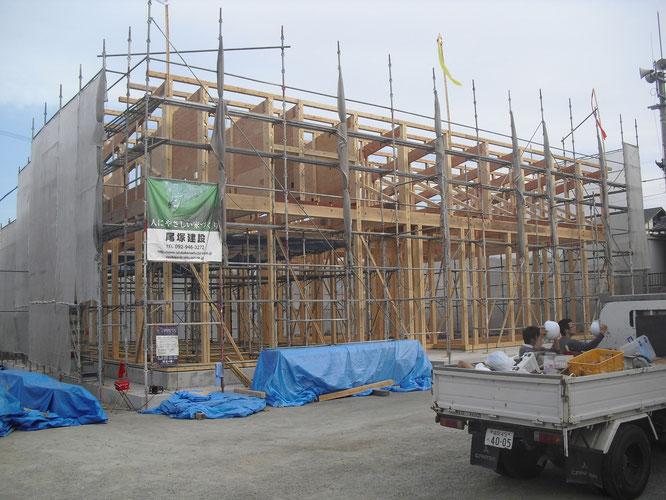 トラス構造で最大約15mのスパンを作り出すことができました。木造でも大空間を作り出すことができます!