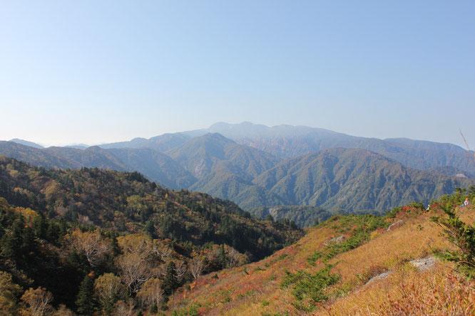 三方岩岳付近より白山を望む
