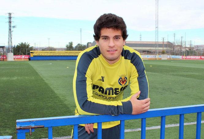 Roberto Olabe jugará a partir de ahora con el Villarreal C. Foto: @robertolabe