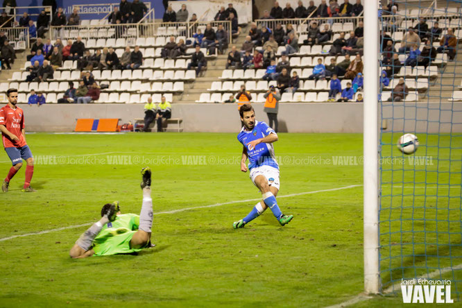 Colinas marca a puerta vacía el segundo gol del Lleida Esportiu. Foto: Jordi Echevarria (vavel.com)