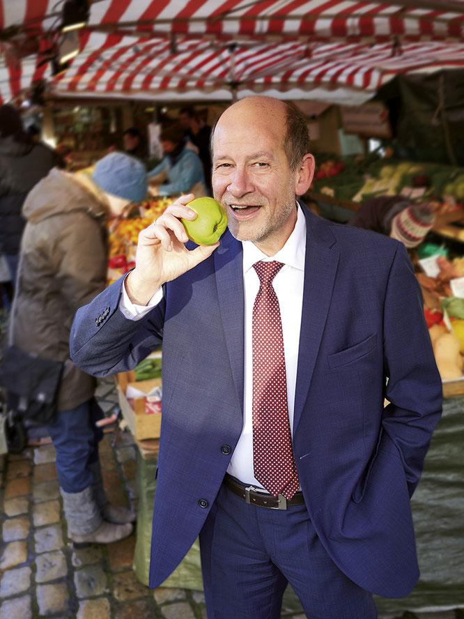 Peter Schneider Messe messehallen Findorffmarkt Findorff Findorffer Geschäftsleute Magazin Stadtteil Bremen Einzelhandel Gastro Restaurants essen gehen