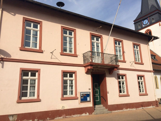 Fahrschule in Wöllstein ( im 1. OG)