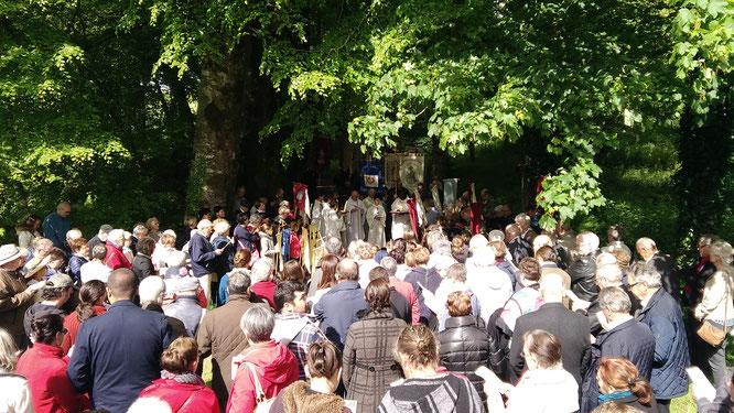 Départ de la procession depuis la moulin aux moines