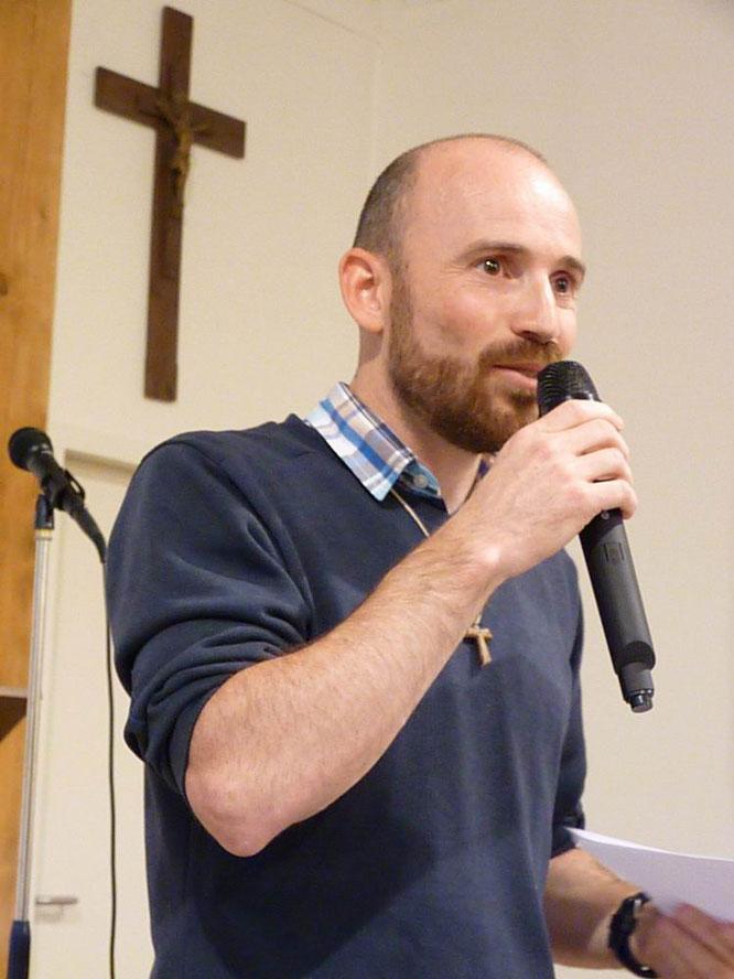 18-Avant de passer au pot de l'amitié, Daniel a souligné son attachement à Morlaix, remerciant en particulier ceux qui l'ont accompagné à la Pastorale des Jeunes.