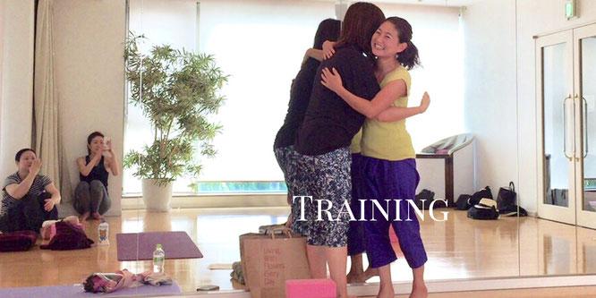 プライベートヨガ、個別養成講座は、随時受付中です。
