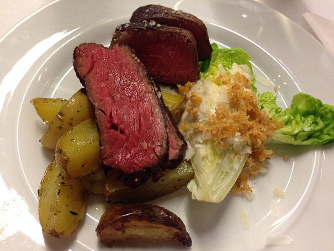 © PvG-TheCulinarian | Die Otto-Gourmet-Steakselektion von Filet und Flank vom Black Angus begeisterte die Besucher.