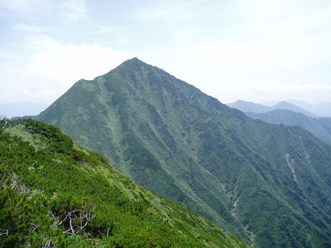 カムイエクウチカウシ山北側
