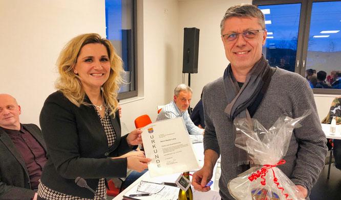 Kathrin Gross, die erste Beigeordnete von Kleinblittersdorf (links) und der kommende Bürgermeister Rainer Lang.