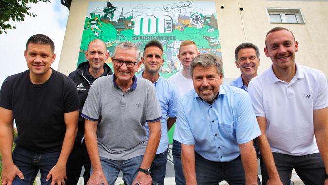 von links: André Hemmer, Christoph Paschwitz, Jürgen Nickles, Norman Schön, Stefan Hoffmann, Manfred Berger, Klaus Thiel und David Bähr.