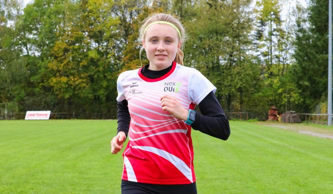 Hannah Rödel aus Auersmacher führt die Jahresbestenliste über den 5-Kilometer-Lauf an und wurde vom Deutschen Leichtathletikverband in den Bundeskader berufen.