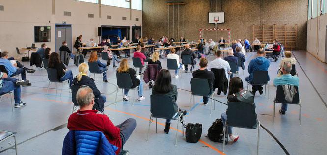 Etwa 40 Bürger kamen zu der Sitzung.