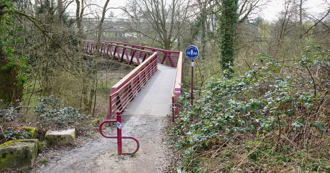 An der Fußgängerbrücke in Sitterswald gibt es keine Kontrollen.