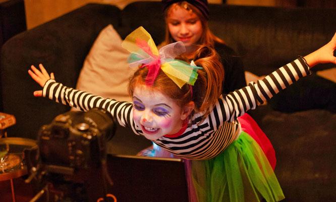 Luisa Carroccia hatte als Clown verkleidet viel Spaß bei der Online-Kappensitzung der Sitterswalder Kappeskepp.