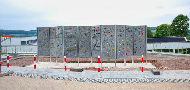 Der Fallschutz und ein Geländer fehlen noch, dann darf in Kleinblittersdorf geklettert werden.