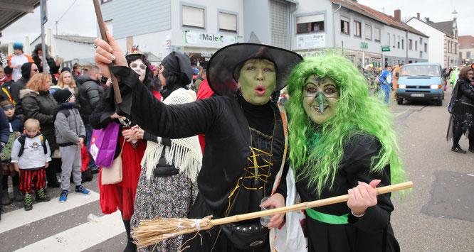 Die Blau Schwarzen Saarlänner waren heute auch grün.