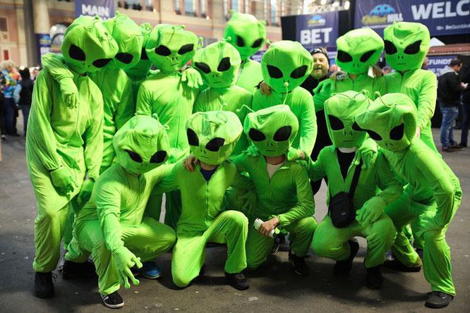 Was die Kostüme der Fans angeht, stellt die Darts-Weltmeisterschaft jede Karnevalsveranstaltung in den Schatten.
