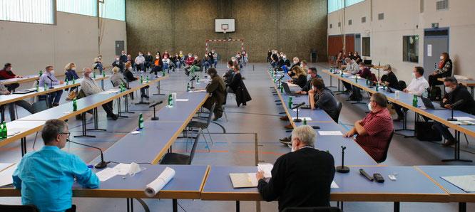In der öffentlichen Sitzung des Gemeinderates in der Mehrzweckhalle in Rilchingen-Hanweiler positionierten sich die Bürger sehr deutlich gegen die geplante Spielhalle.