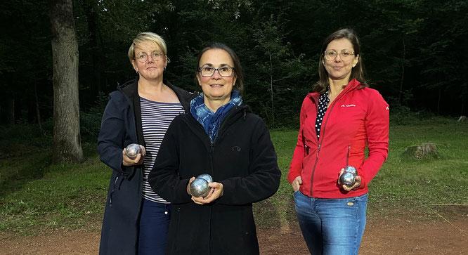 Frauenpower im Finale – B. Hocke T. Fiack und A. Theis, vom TUS Bliesransbach
