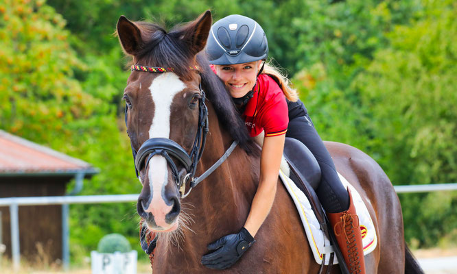 Emely van Loon und ihr Pferd Despereuax gehören zu den Besten in Deutschland.