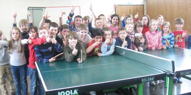 Tischtennis-Aktion in der Grundschule Auersmacher