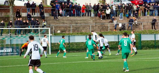 Die Saarlandliga-Mannschaft des SVA gewann mit 3:0 gegen die Spvgg Quierschied.