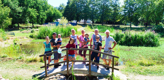 Freiwillige Helfer aus Kleinblittersdorf und Umgebung haben den Robert-Jeanrond-Bürgerpark gesäubert.