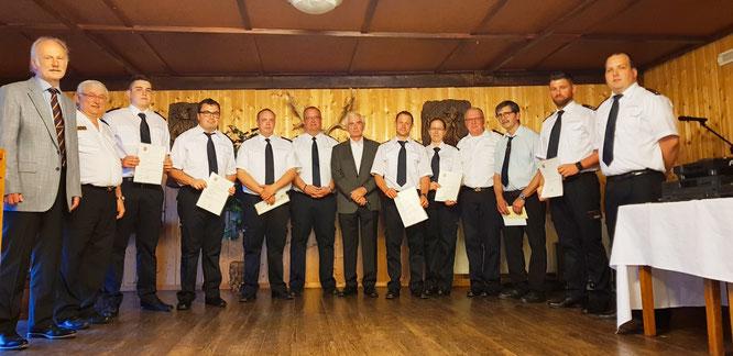 Auf der Floriansfeier in Bliesransbach werden in jedem Jahr langjährige Feuerwehrleute geehrt und befördert.