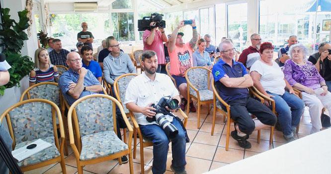 Der Andrang der Presse und auch der Fans war groß bei der Pressekonferenz