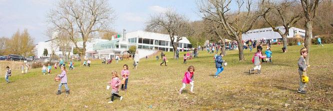 150 Kinder kamen zur zweiten Ostereiersucheim Jahr 2018 ins Kleinblittersdorfer Freibad.
